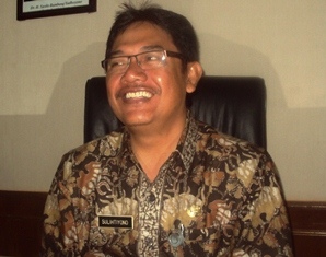 Plt.Kadiknas Drs Sulihtiyono MM