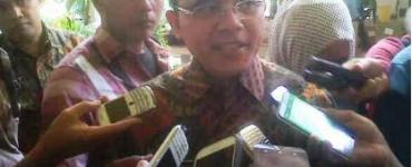 Gubernur Soekarwo Bersama Bupati dan Wabup Trenggalek (17/2).