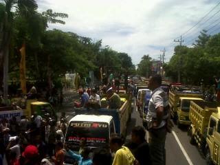 Lagi, Demonstrasi Tuntut Penambangan Pasir dan Batu Dibuka Kembali