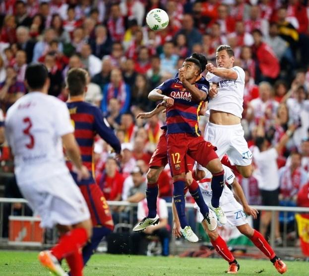 Kevin Gameiro, Sevilla Kanan Melompat