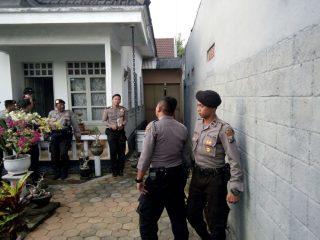 Telat Bayar Bunga, Karyawan KSP Milan Datang Bawa Sejumlah Polisi, Paman Aktivis Yunus Kambuh Sakit