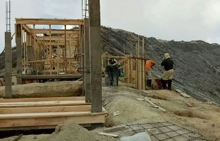 Usai Hearing Bangunan Permanen Di Area Kawah Ijen, Kepala BBKSDA Kabur