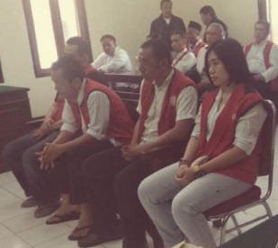 Pesta Narkoba Bersama Teman Wanita, Staf Kejaksaan dan Pengacara Disidangkan