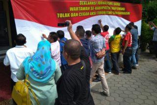 Wartawan Deklarasi Tolak Radikalisme Dan Kawal Pendidikan Politik Cerdas