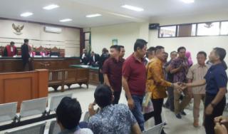 Terima Suap Kasek 285 Juta, Bupati Nganjuk Pikir-Pikir  Dihukum 7 Tahun Penjara Plus Denda 350 Juta & Dicabut Hak Politik