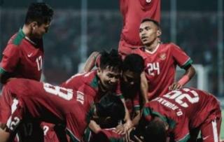 Balas Kalahkan Thailand, Indonesia Hanya Juara Tiga, Egy Dibantu Medis