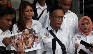 """Video Ancaman Pemuda Viral. """"Prabowo Mestinya Bersuara"""""""