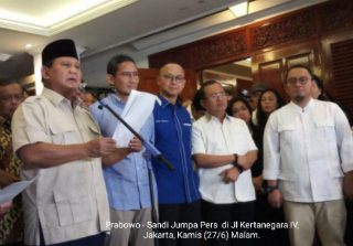 Prabowo – Sandi Patuhi Konstitusi