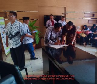 Siasati Guru Demo Besar-Besaran PGRI Ajukan Penangguhan Guru Ditahan