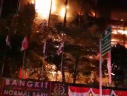 Menkumham Mahfud MD Pastikan Berkas Perkara Besar Kejagung Tak Terbakar