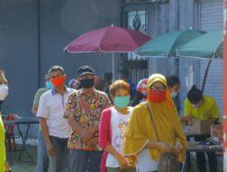 Ribuan Masyarakat Serbu Pasar Murah Lanud Soewondo