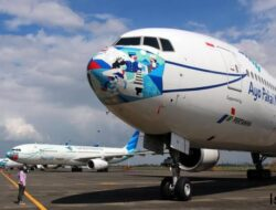Garuda Indonesia Embargo Ponsel Vivo