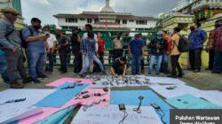 Puluhan Wartawan Demo Bobby Nasution 'Walikota Medan Serasa Presiden'