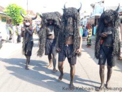 Mengintip Tradisi Kebo-Keboan Desa Watu Kebo