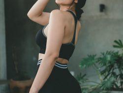 Netizen Salfok, Model Cantik Nora Alexandra Main Tinju