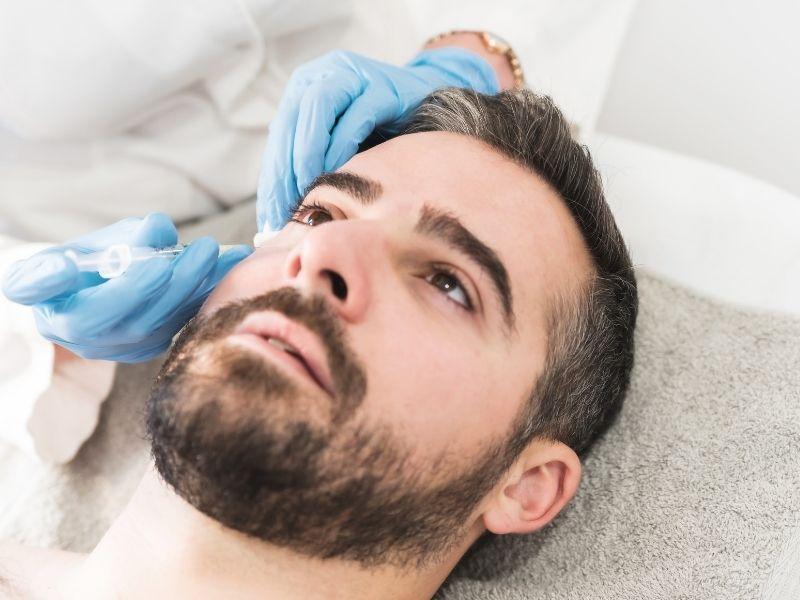 Tips Sederhana Mengatasi Kulit Wajah Kering Bagi Pria yang Tidak Punya Waktu untuk Perawatan