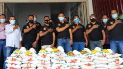 Terdampak PPKM Darurat, Ketua Pewarta Serahkan Sembako Kepada Jurnalis