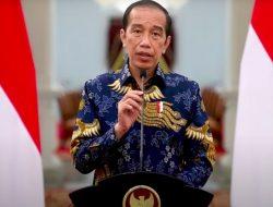 Jokowi Berharap Petugas PPKM Tidak Kasar
